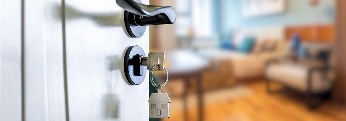 Construire une maison clé sur porte